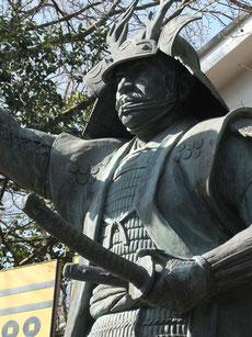 三光神社の真田幸村像