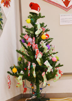 ミニ手作りクリスマスツリー