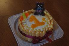 手作りのベビー用ケーキで1歳のお祝い!(誕生日ケーキの持込OKです!)