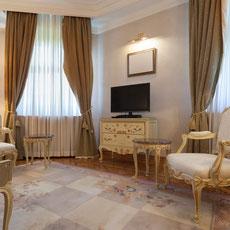 $ 750 Royal Suite Room