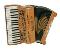 ピアノアコーディオン