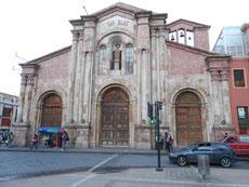 Kirche San Blas in der Form eines lateinischen Kreuzes