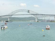 Die Puente de las Américas, aufgenommen vom Yachtclub Balboa