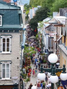 ... hat (angeblich) die schönste Fußgängerzone Kandas