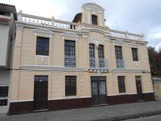 Schöne Kolonialhäuser in Cuenca