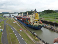 Haupteinnahmequelle Panamas ist der Panamakanal.