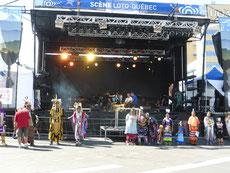 ... verzaubert uns eine halbe Nacht das Aboriginal Festival. ...