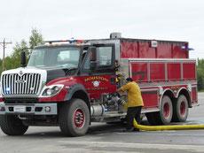 ...Die firefighter sind hier im Dauereinsatz.