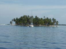 Die San Blas Inseln bestehen aus 365 Mini-Inselchen - für jeden Tag eine