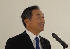 閉会挨拶をする上坂タカラ物流システム(株)社長