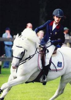 Dexter & Alice Chambeau rapportent une médaille d'argent à la France en 2002, lors du Championnat d'Europe à Lanaken