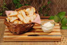 Bread Chips White