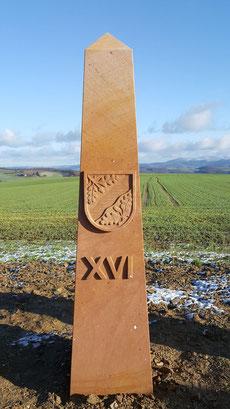 Obelisk 16:00 Uhr, Wappen Mehlbach