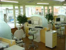 梅原歯科診察室