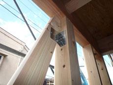 無垢の木でつくる 台東区 木造3階建て耐火建築物 構造用金物画像2