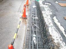 基礎工事の鉄筋の搬入2