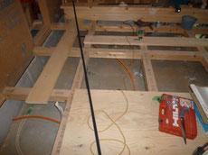 床下の給排水配管2