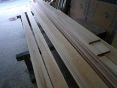 杉の窓枠加工2
