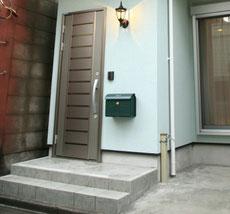 玄関タイル 薄いグレー系