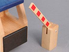 Holzspielzeug-Beck Bahnschranke
