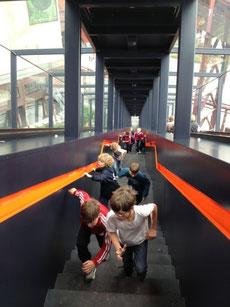 """Massensprint auf der langen Treppe """"Zollverein"""""""