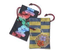 金襴織り巾着/提供:お祭り用品日本最大級の品揃え 橋本屋 ※実際の商品と写真の色は若干異なる場合がございます。