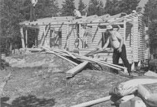 Haspelin majan rakentamista 1973
