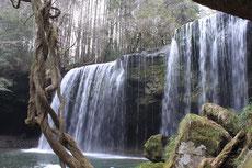 とてもきれいな鍋ケ滝
