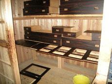 表面を整え、木地調整し漆を塗ります。