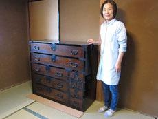 岐阜市に捨てられるはずだった時代箪笥を納品してきました。