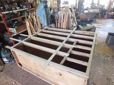 胴縁、棚板に新しく貼る板を木取準備しました。