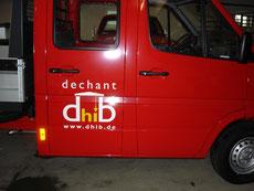 Fahrzeugbeschriftung Dechant Türe