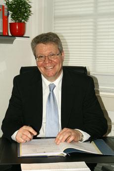 Gerd Schwarz. Rechtsanwalt und Fachanwalt für Verkehrsrecht in Barsinghausen