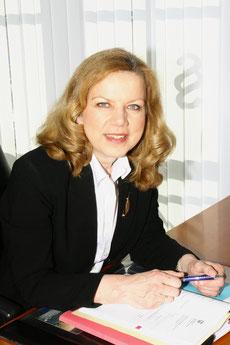 Angelika Schwarz. Rechtsanwältin und Fachanwältin für Familienrecht in Barsinghausen