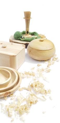 Zirbenbesen, Brottöpfe und Schalen aus Zirbenholz
