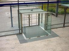 Fischer Metallbau GmbH Eingangswindfang in Glas