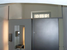 Fischer Metallbau GmbH Inneneinrichtung in Edelstahl glasperlgestrahlt