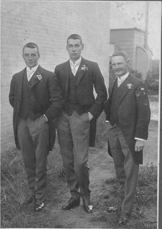 Probably (centre) Douglas Walter Lilley in 1931