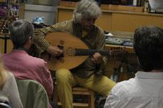 Wolfgang Netzer - Oud, 7- und 12-saitige Gitarre