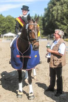 Wenke und Désiree: Stadtmeister der Dressur