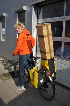 Auf dem Weg zur Post