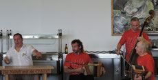 Chlefele Julius Nötzli Trio Postwurm