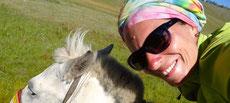 A cheval au soleil de Mongolie