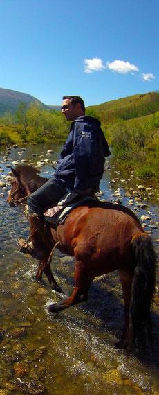 Claude à cheval Mongolie Khangai