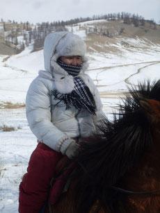 Onko a cheval l'hiver en Mongolie