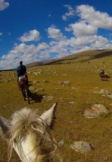 Les vallées dans le massif du Khangai