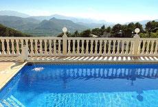 Ferienwohnung Valencia, Pool mit Aussicht - am frühen Morgen