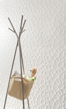 rivestimento in ceramica effetto 3D