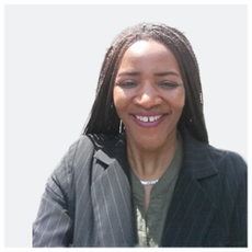 Vimbai Chiwuswa (Simbabwe) ist Politikerin bei B90/Grüne und hat Englische Philologie, Politikwissenschaft u. Ethnologie an der Freien Universität Berlin studiert. Sie ist Mitgründerin bzw. Geschäftsführerin von Shamba e.V. Berlin.