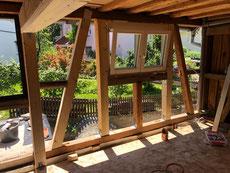 Holzbau an einer Scheune